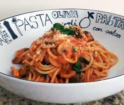 Broccoli Mushroom Spaghetti in Red Sauce